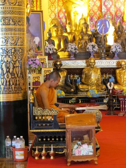 Mönch im Wat Pan On